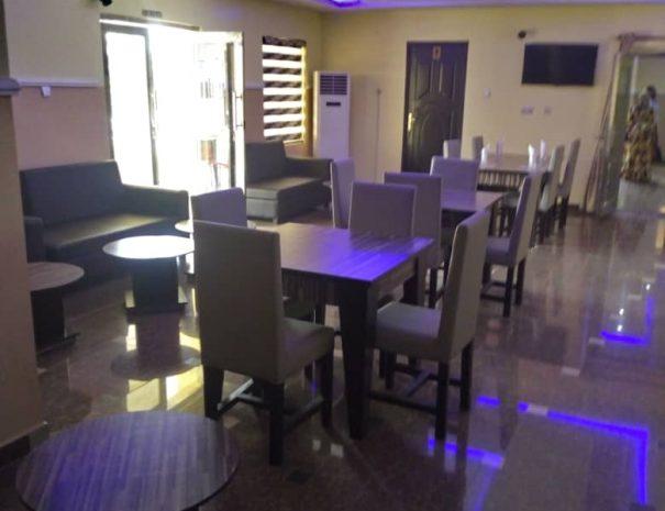 tito-hotel-bar-2